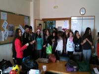 Cantando villancicos en la sala de profesores